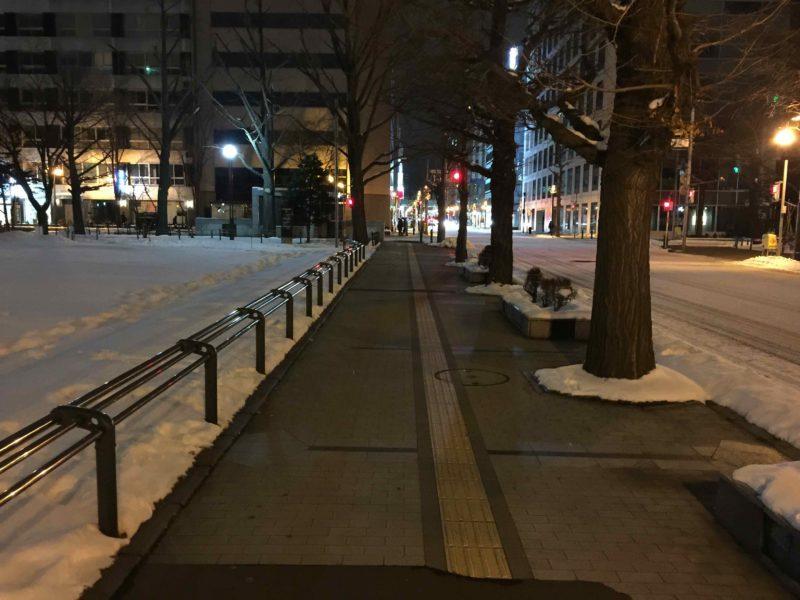 ヒーティングされた歩道の積雪状況