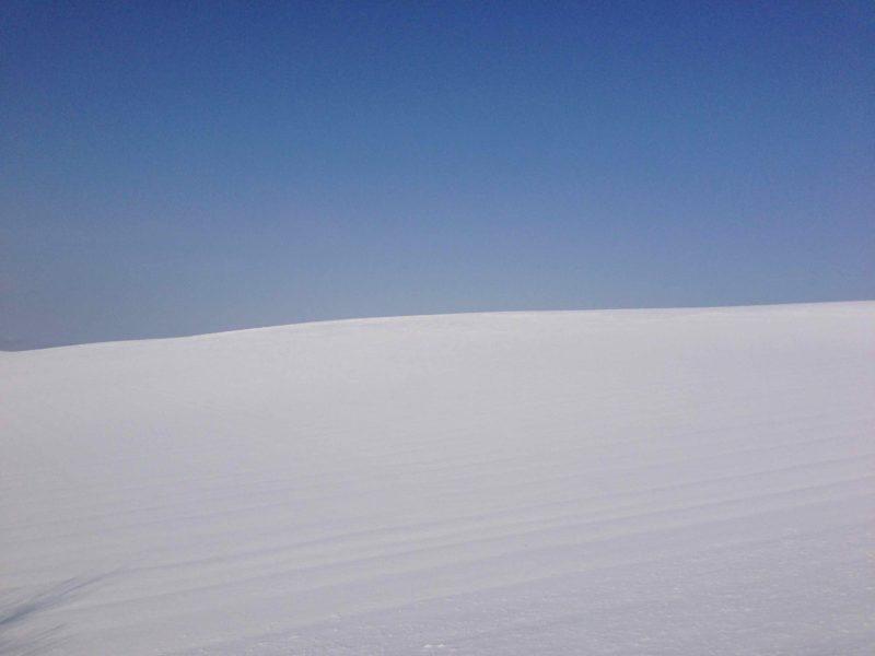 雪の美瑛の丘2